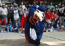 上食満神社獅子舞.jpg
